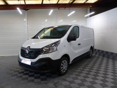 renault trafic fourgon de 2018 19300 bourges les grandes occasions. Black Bedroom Furniture Sets. Home Design Ideas