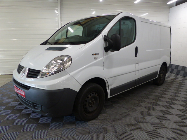 RENAULT TRAFIC FOURGON L1H1 DCI90 GRD CFT d'occasion
