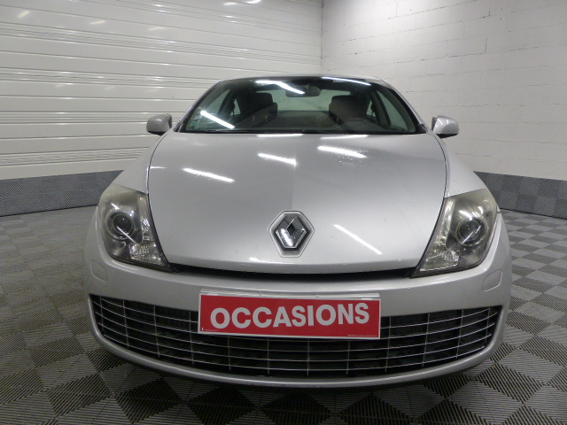 RENAULT LAGUNA COUPE 2011 à 7690 € - Photo n°2