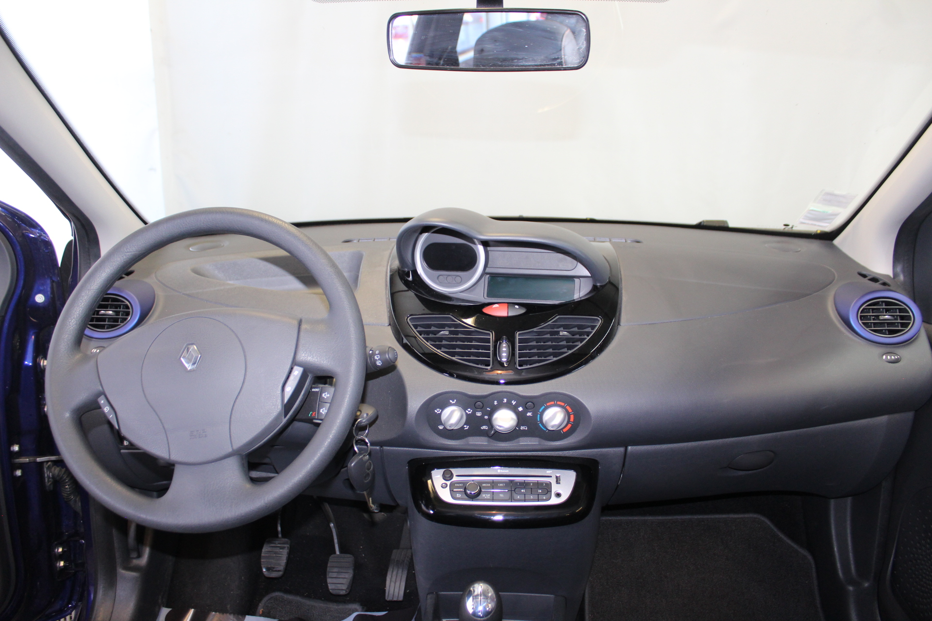 RENAULT TWINGO II 2013 à 5900 € - Photo n°11