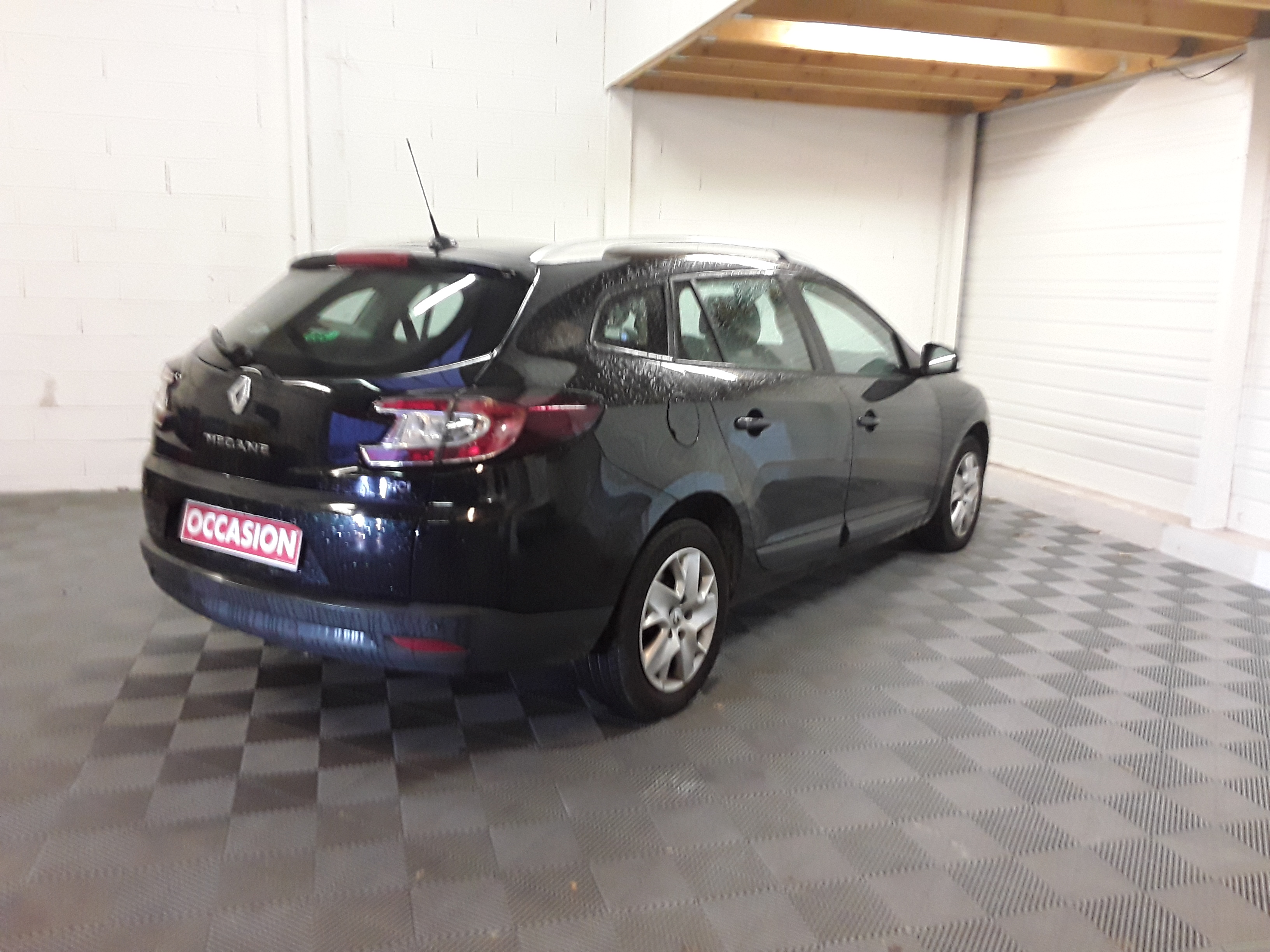 RENAULT MEGANE III ESTATE 2012 à 5900 € - Photo n°4