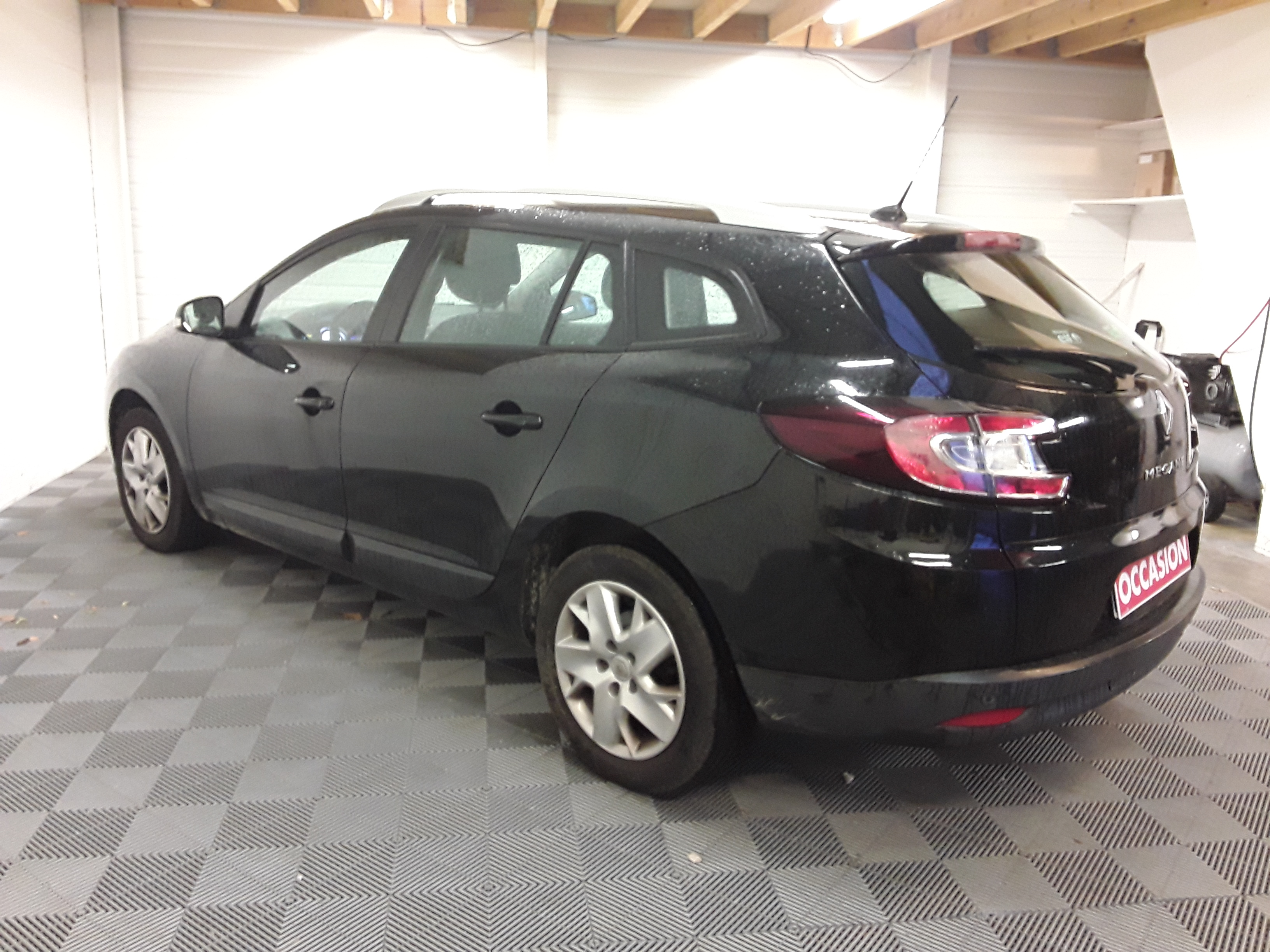 RENAULT MEGANE III ESTATE 2012 à 5900 € - Photo n°6