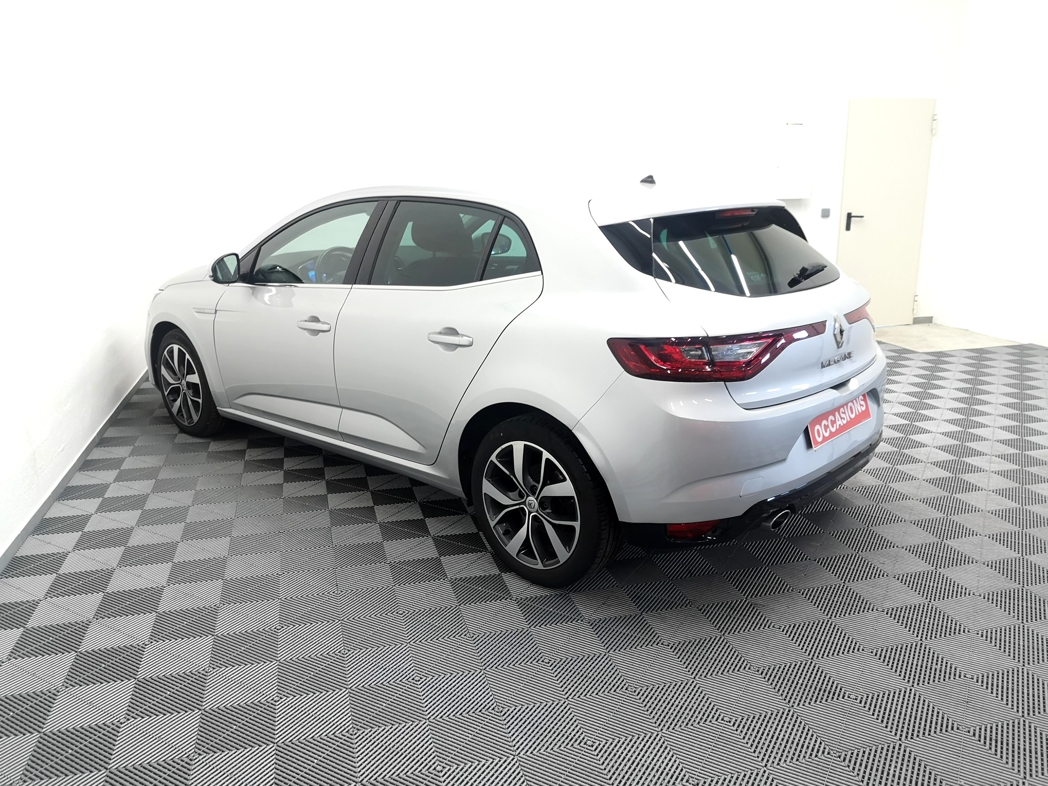 RENAULT MEGANE IV BERLINE 2016 à 14900 € - Photo n°3
