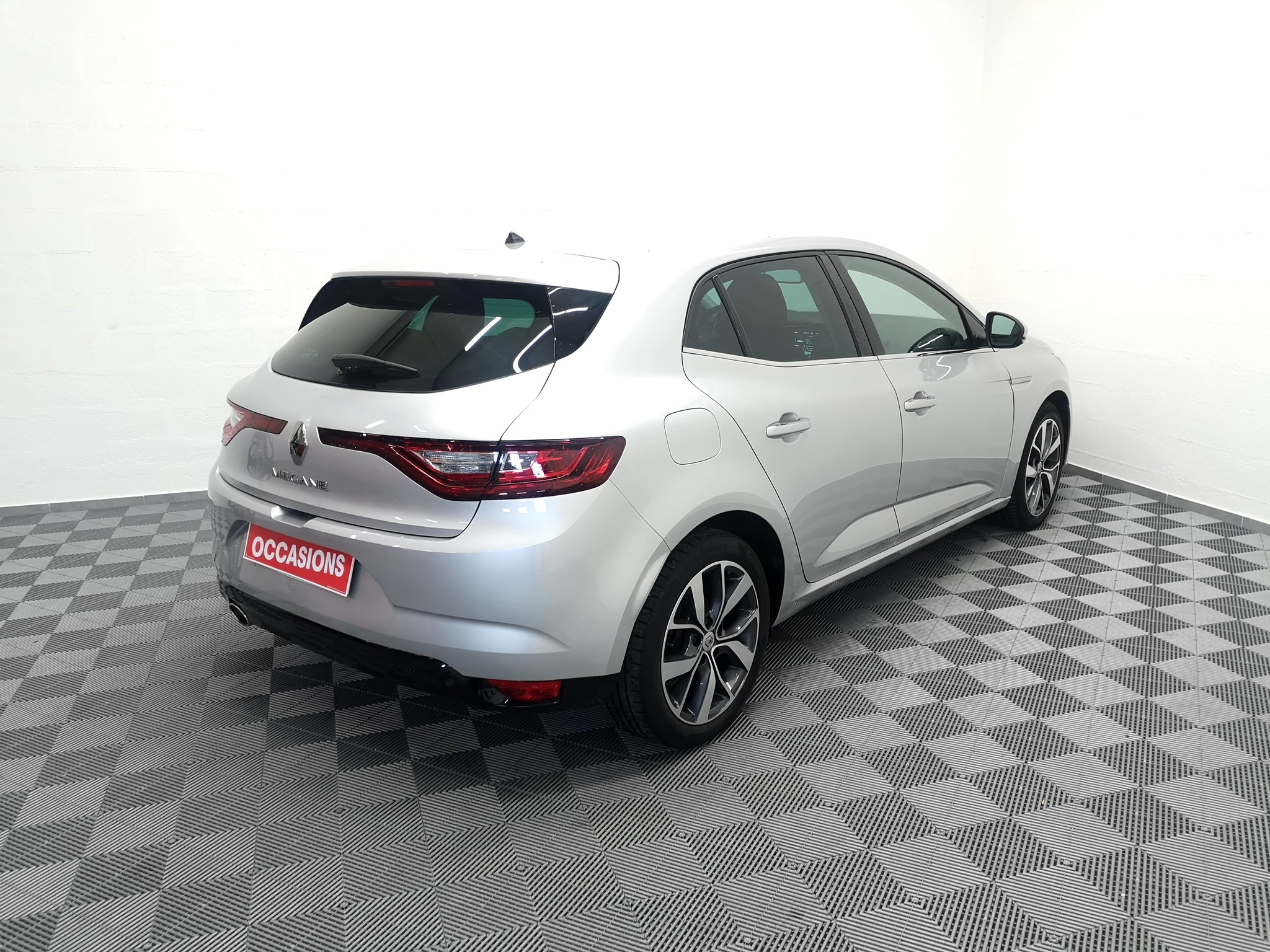 RENAULT MEGANE IV BERLINE 2016 à 14900 € - Photo n°4