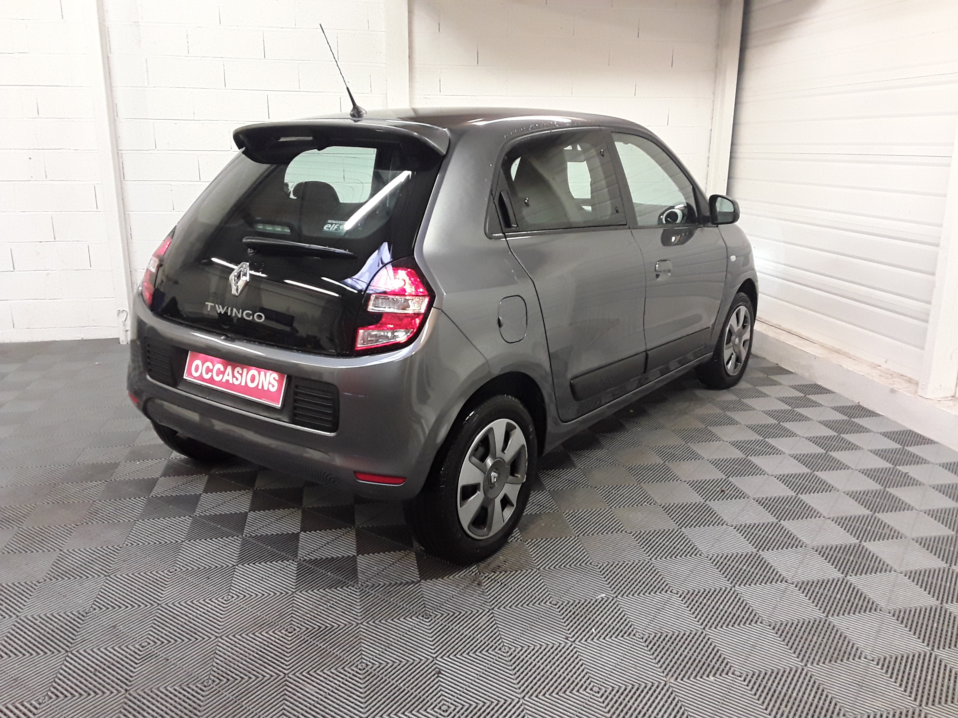 RENAULT TWINGO III 2017 à 7900 € - Photo n°4