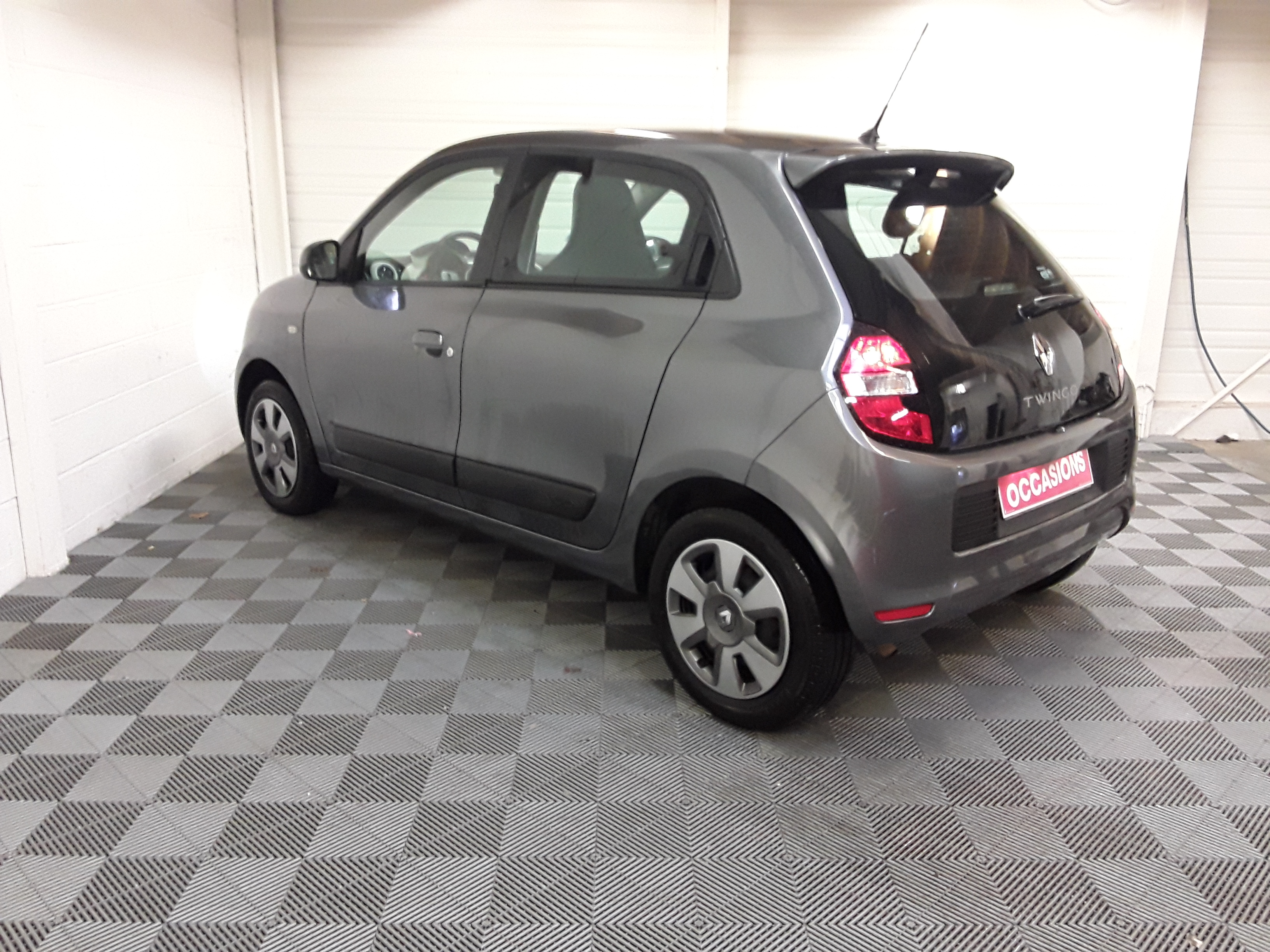 RENAULT TWINGO III 2017 à 7900 € - Photo n°6