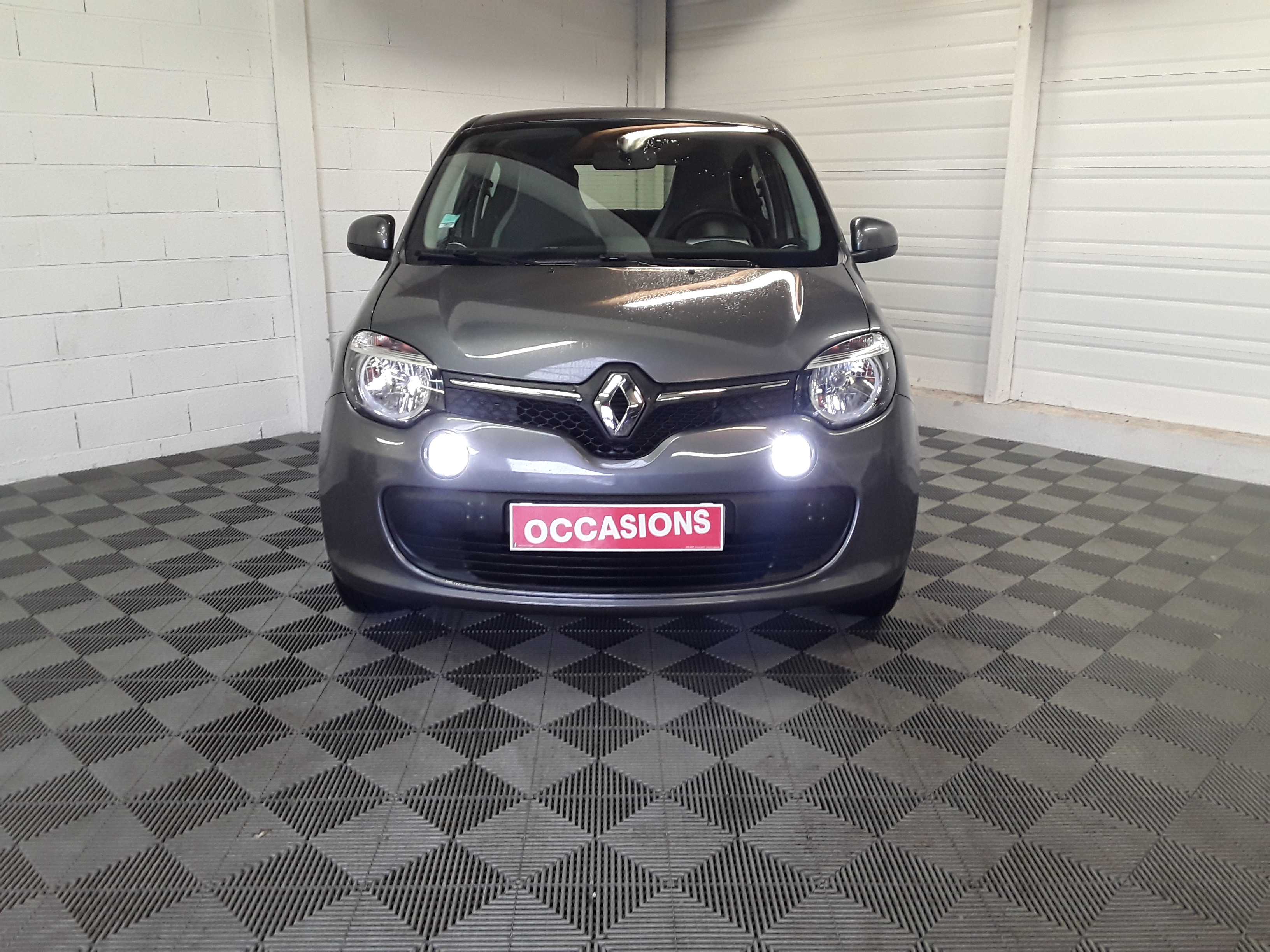 RENAULT TWINGO III 2017 à 7900 € - Photo n°2