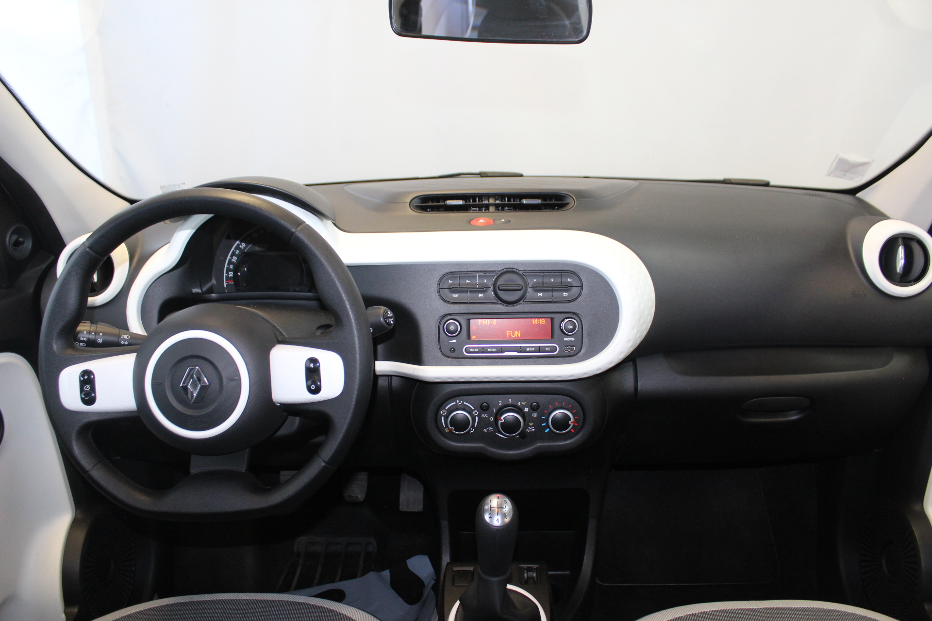 RENAULT TWINGO III 2017 à 7900 € - Photo n°45