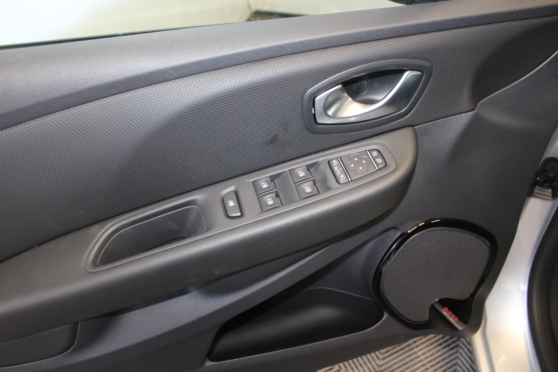RENAULT CLIO IV 2019 à 13900 € - Photo n°79