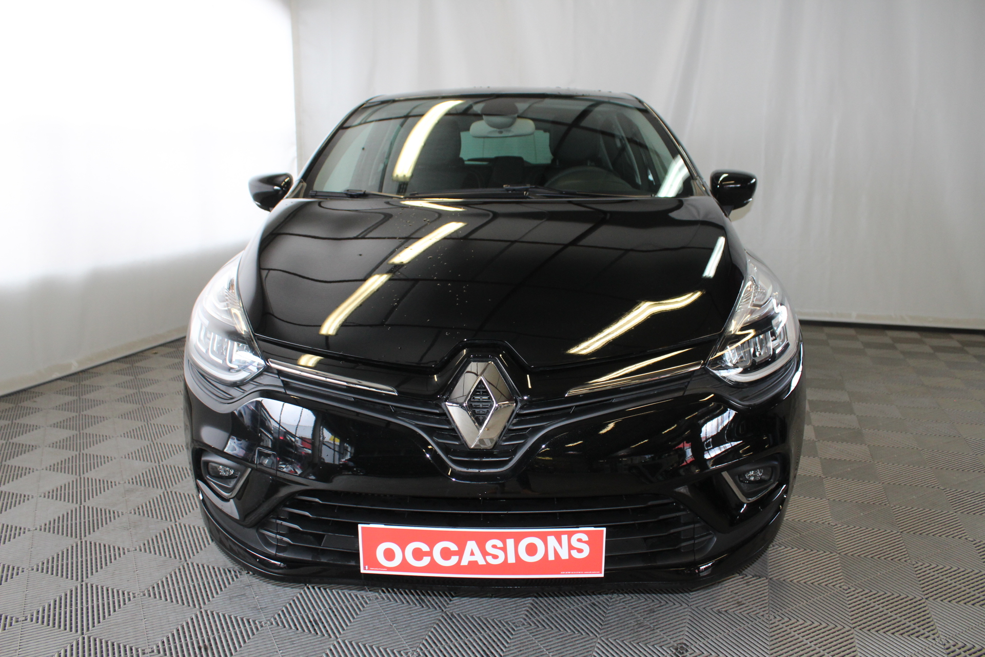 RENAULT CLIO IV 2019 à 13900 € - Photo n°2