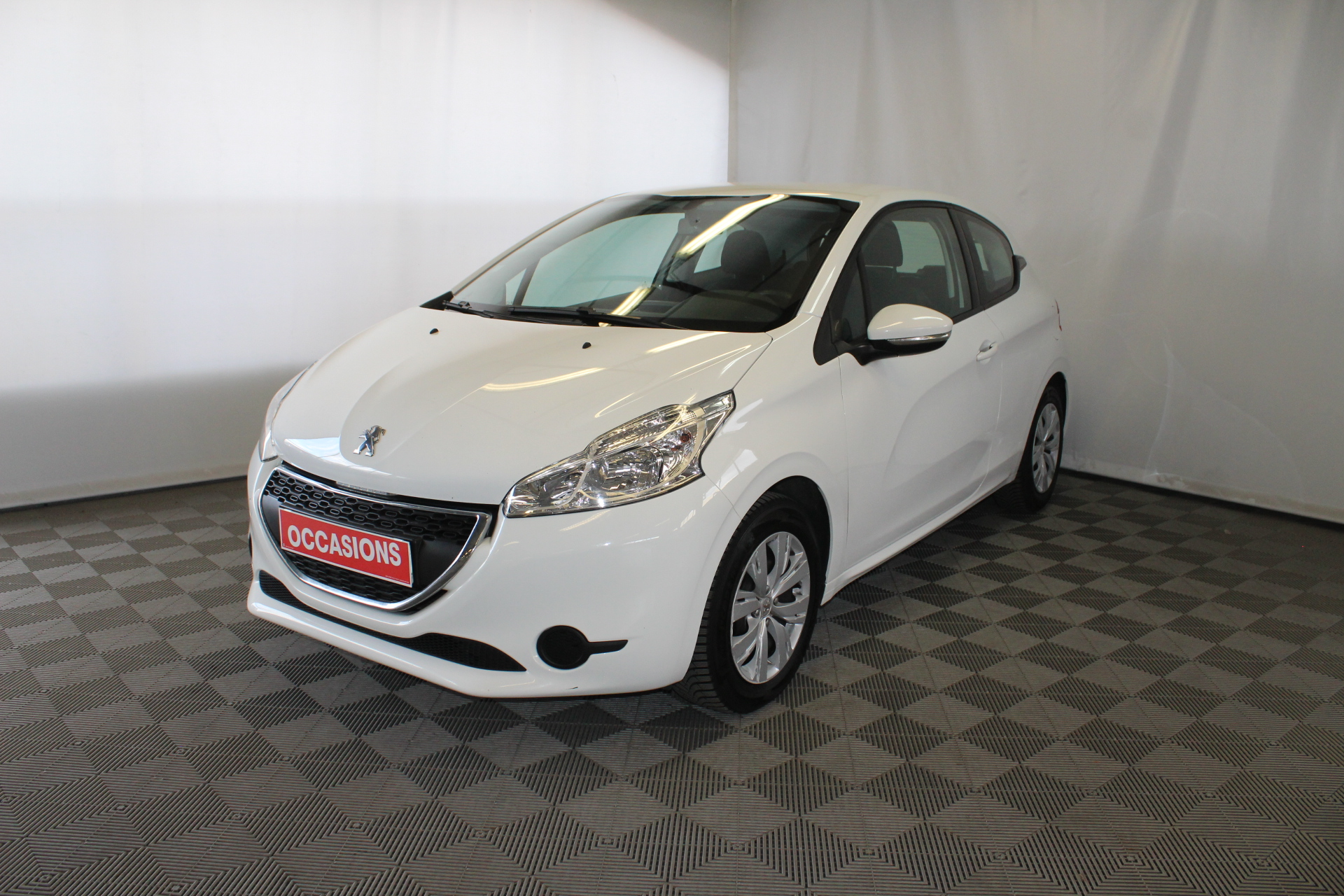 PEUGEOT 208 1.4 HDi 68ch BVM5 Active d'occasion