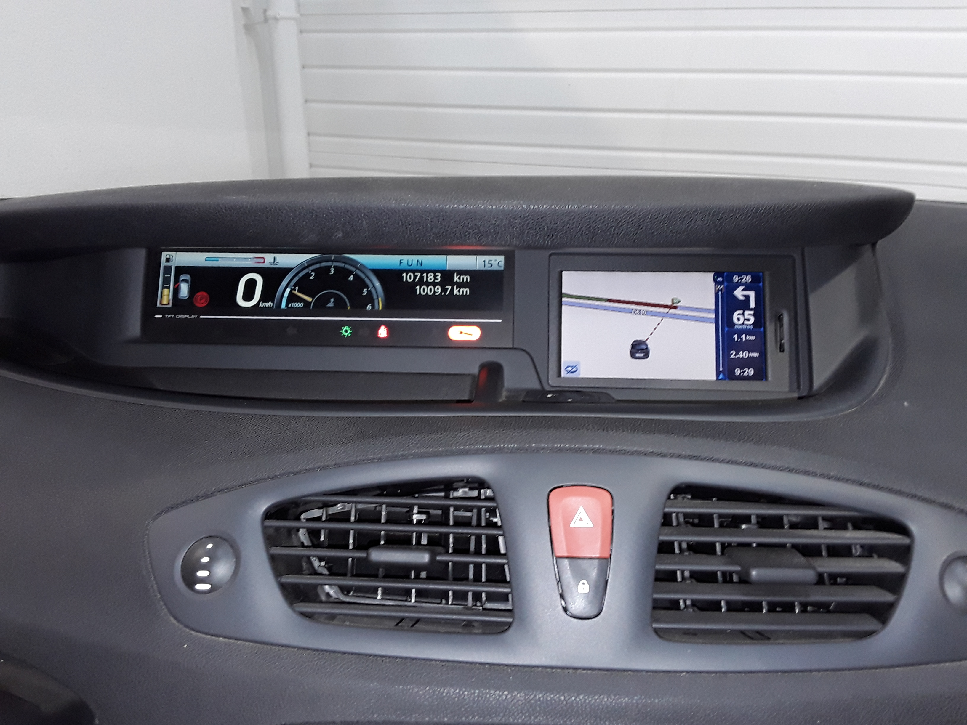 RENAULT GRAND SCENIC 2010 à 7490 € - Photo n°13
