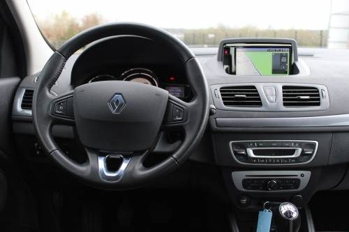 RENAULT MEGANE III BERLINE BUSINESS6