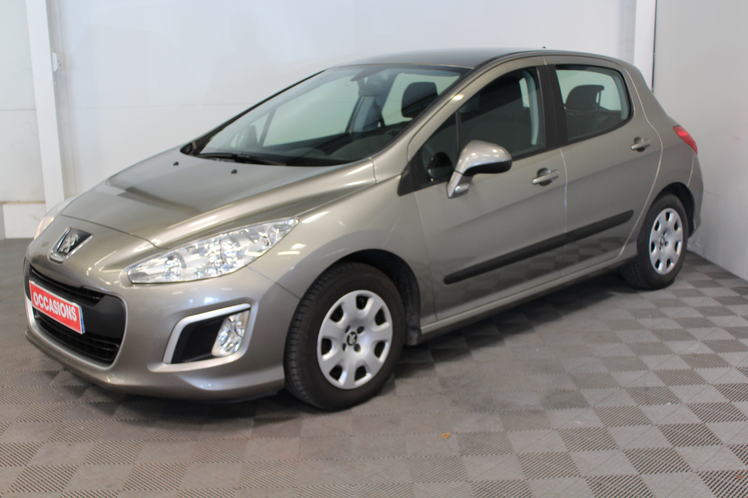 PEUGEOT 308 1.6 HDi 92ch  (5P) d'occasion