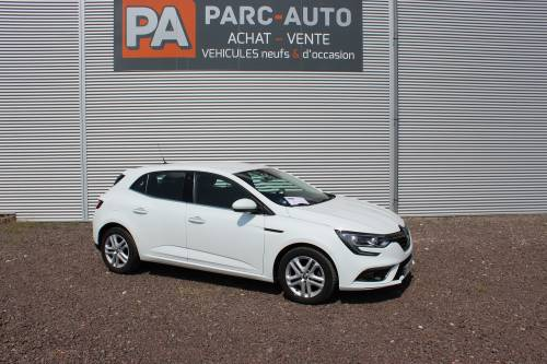 RENAULT MEGANE IV BERLINE BUSINESS5