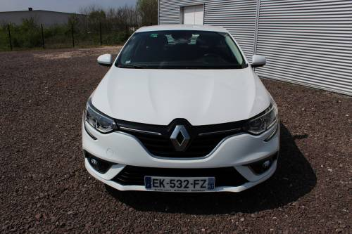 RENAULT MEGANE IV BERLINE BUSINESS1