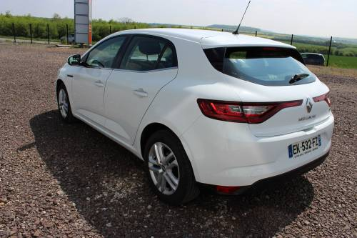 RENAULT MEGANE IV BERLINE BUSINESS2