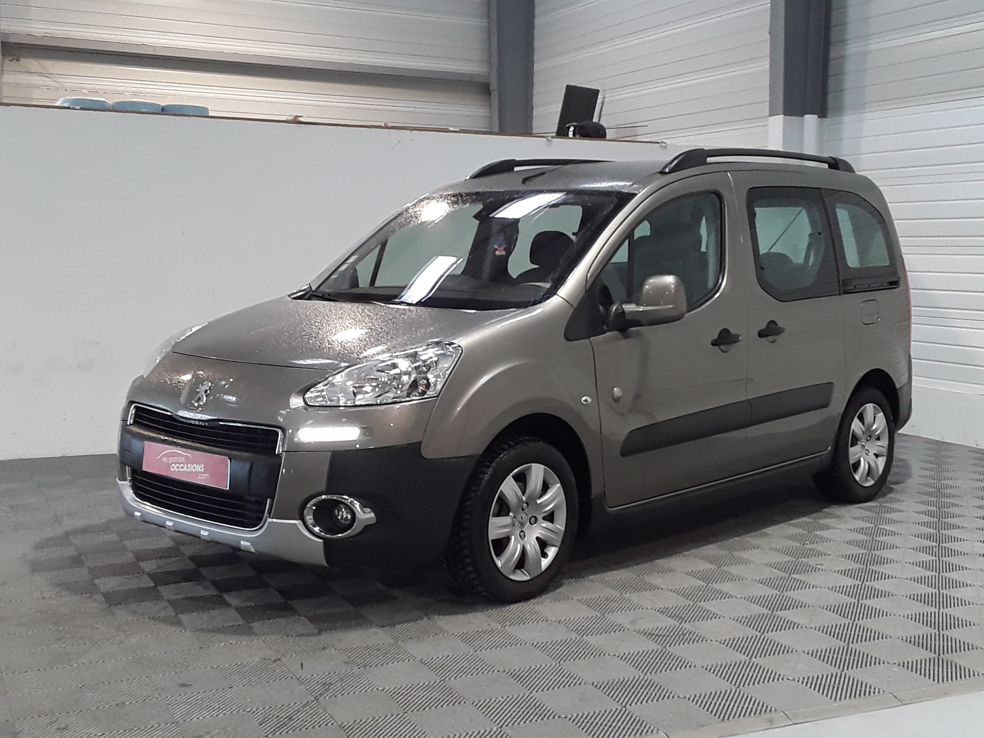 PEUGEOT PARTNER TEPEE 1.6 HDi FAP 90ch outdoor d'occasion