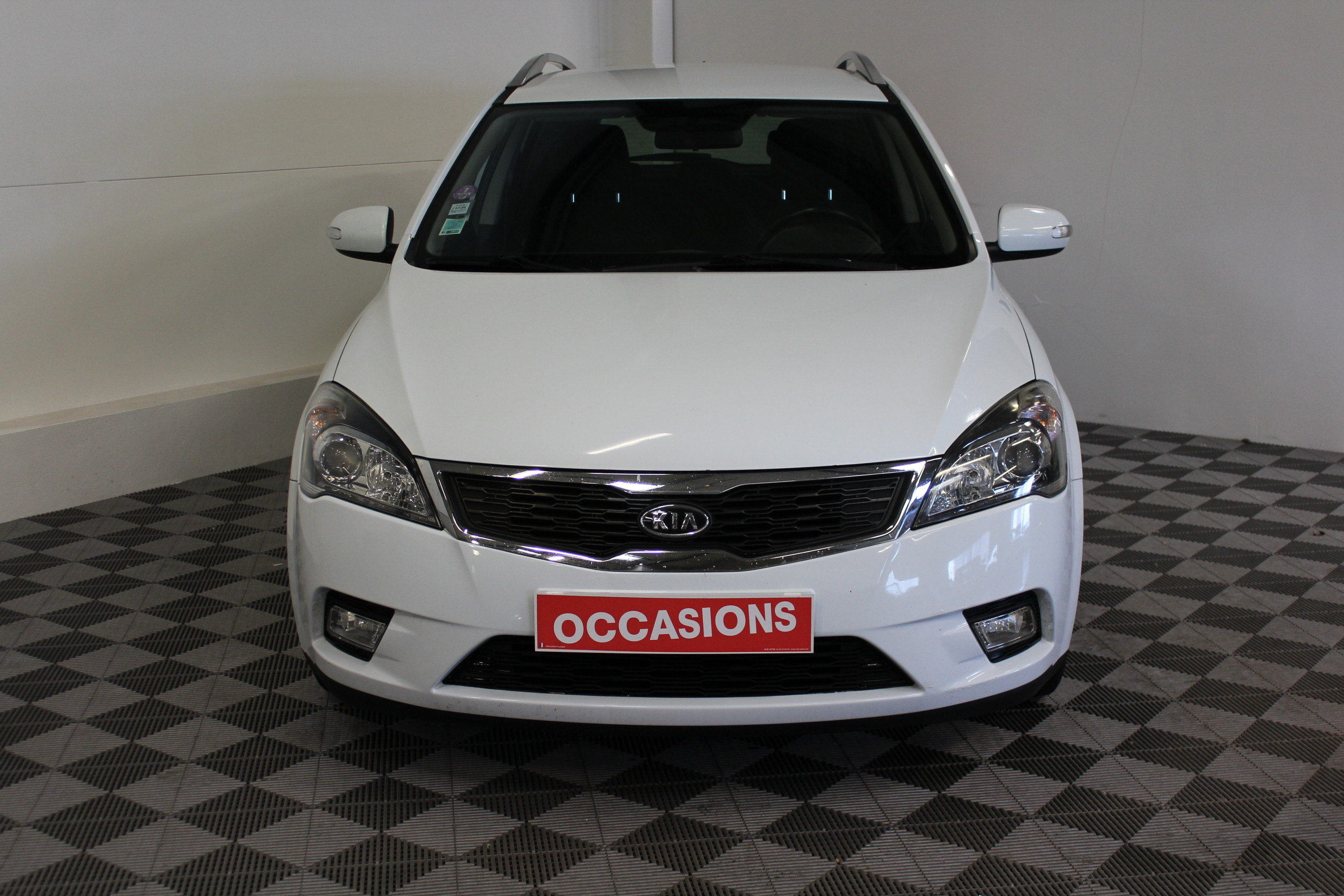 KIA CEE'D SW 2011 à 5400 € - Photo n°2