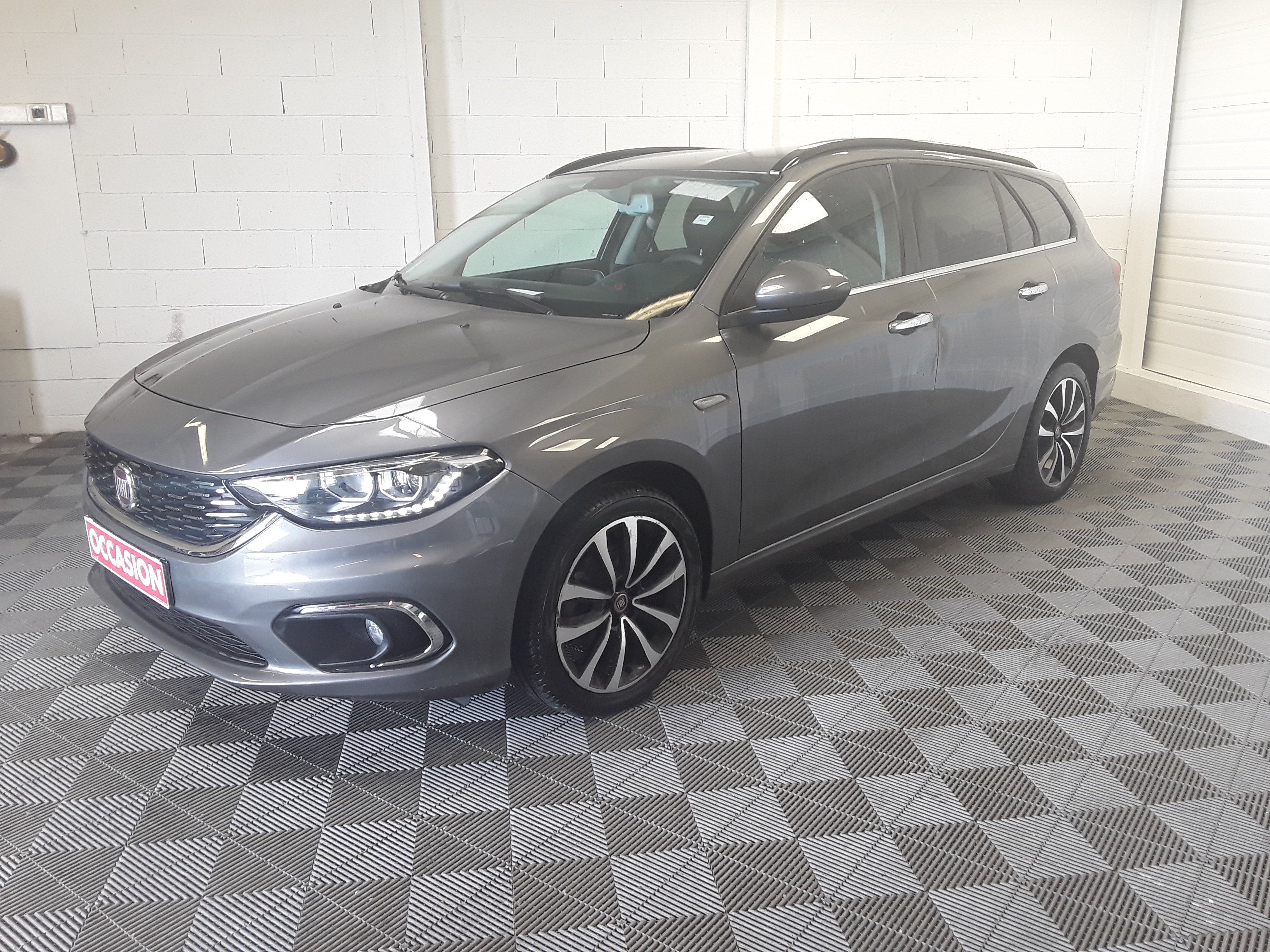 FIAT TIPO STATION WAGON 1.6 MULTIJET 120CV LOUNGE d'occasion