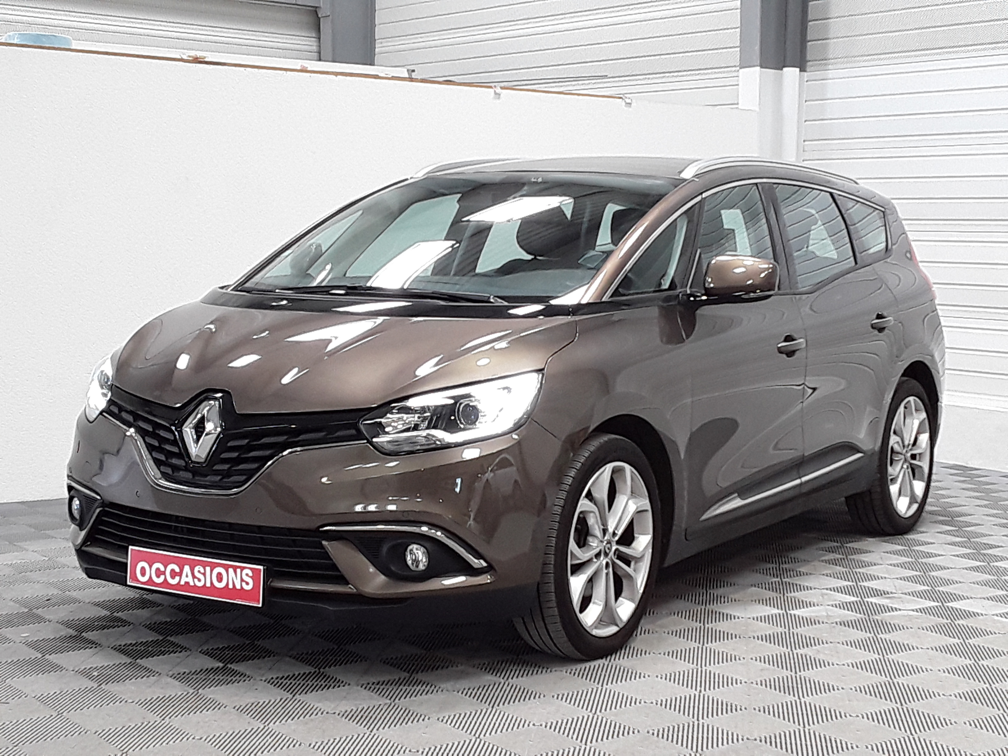 RENAULT GRAND SCENIC IV BUSINESS Business Energy dCi 110 EDC 7P d'occasion