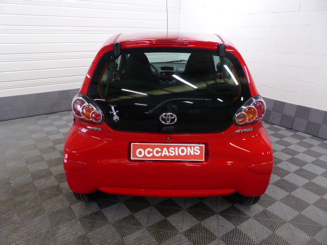 TOYOTA AYGO 2011 à 5490 € - Photo n°13