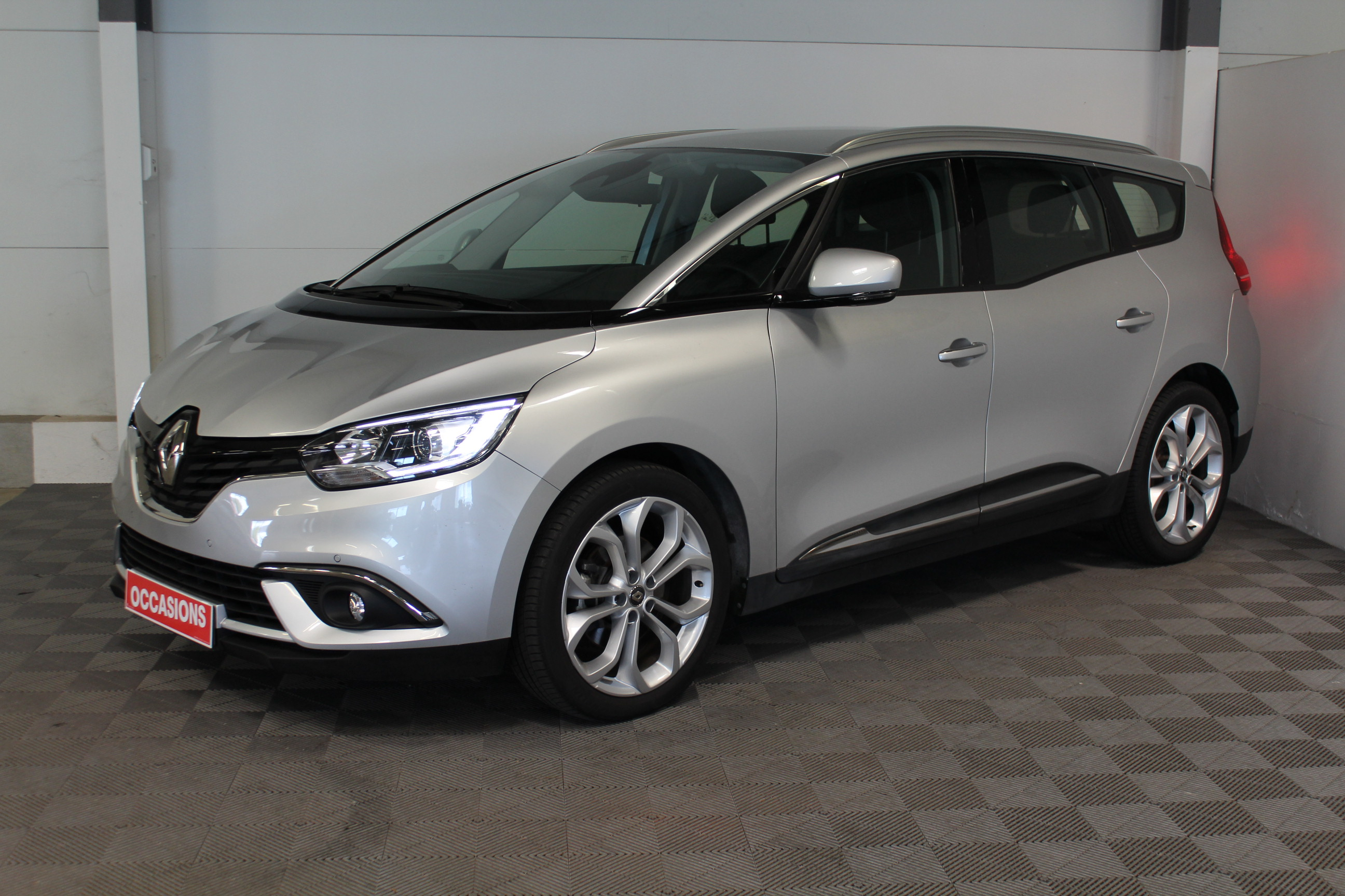 RENAULT GRAND SCENIC IV BUSINESS dCi 130 Energy Business 7 pl d'occasion