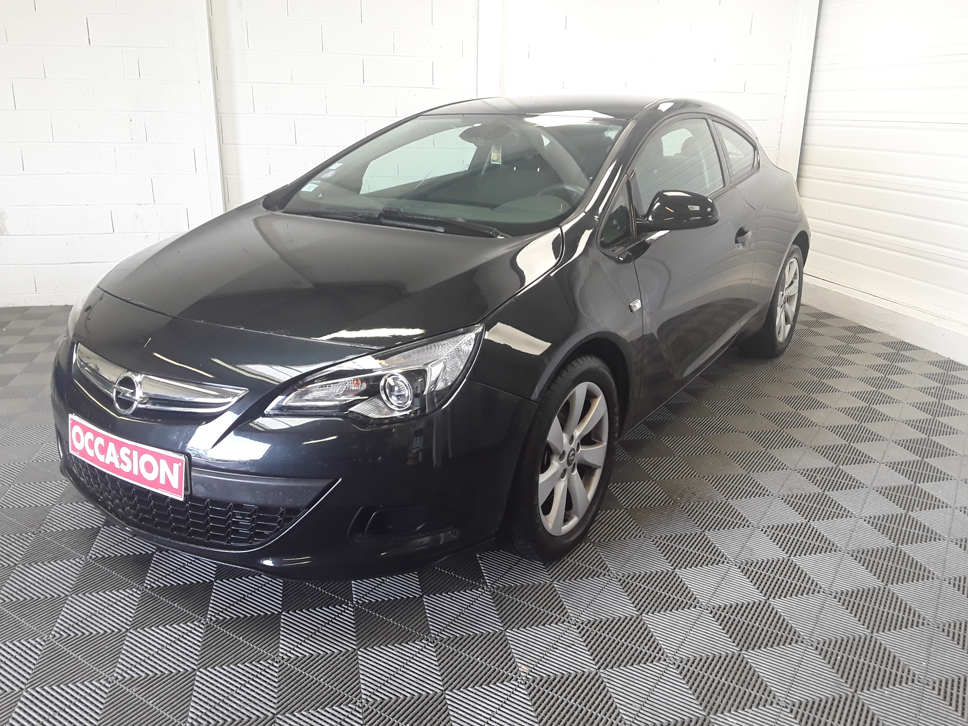 OPEL ASTRA GTC 1.4 Turbo 120 ch Start/Stop Edition d'occasion