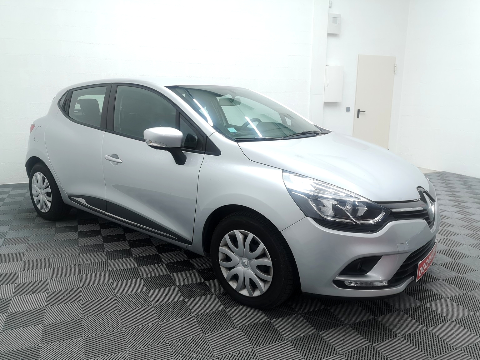 RENAULT CLIO IV 2018 à 9500 € - Photo n°2