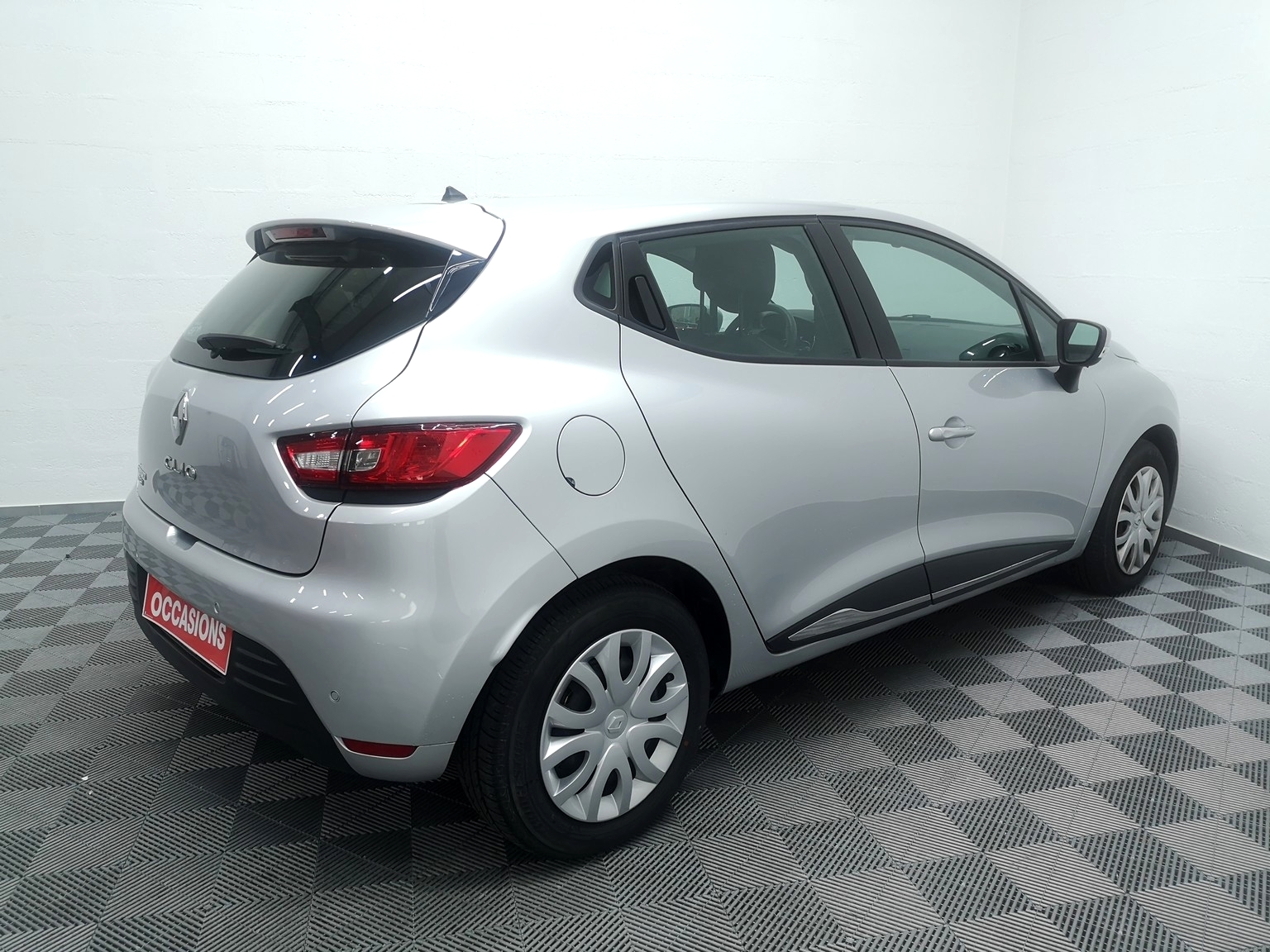 RENAULT CLIO IV 2018 à 9500 € - Photo n°4