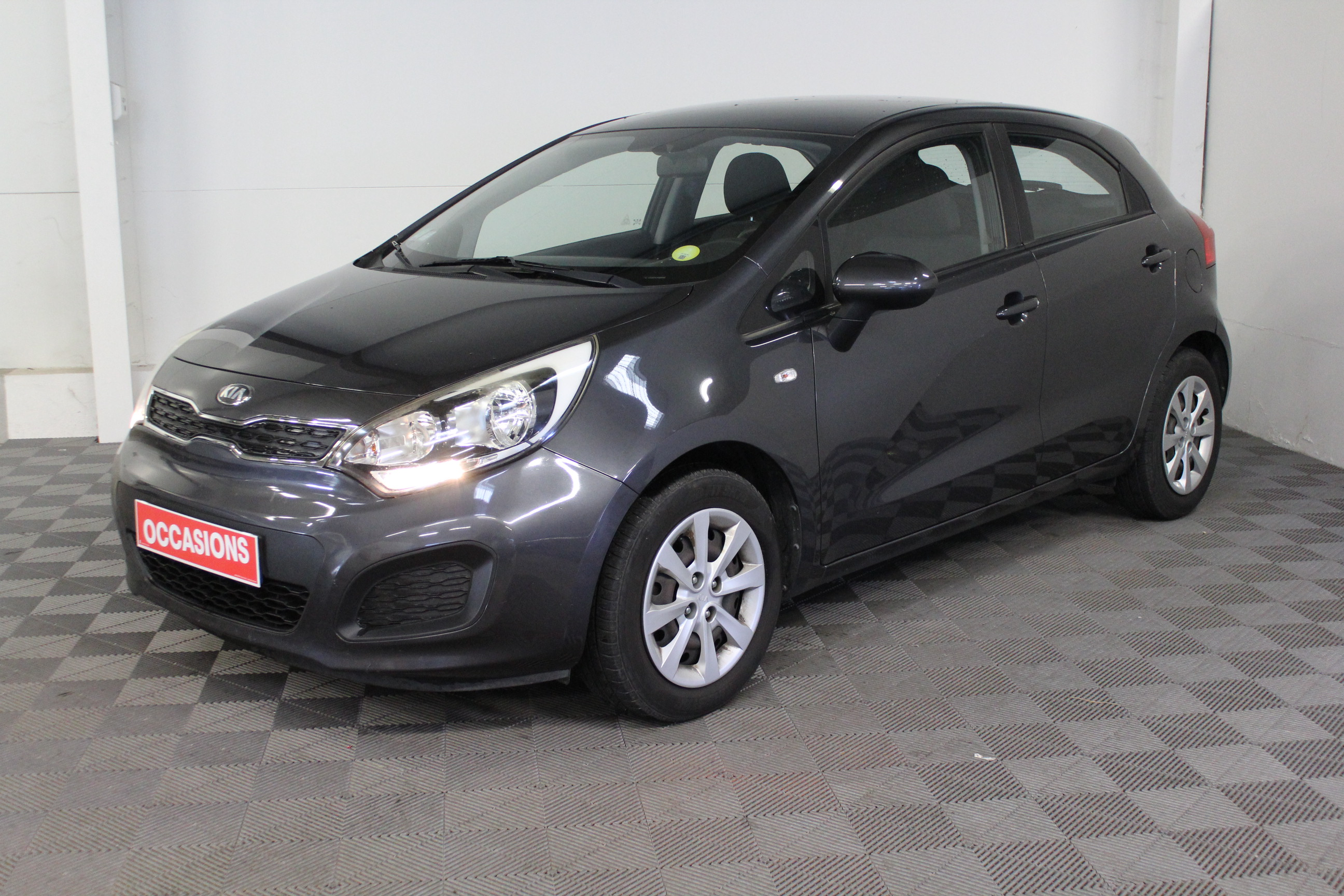 KIA RIO 2013 à 6900 € - Photo n°1