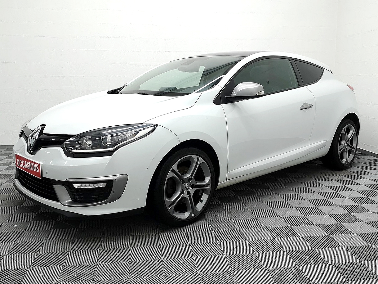 RENAULT MEGANE III COUPE 2015 à 9990 € - Photo n°1