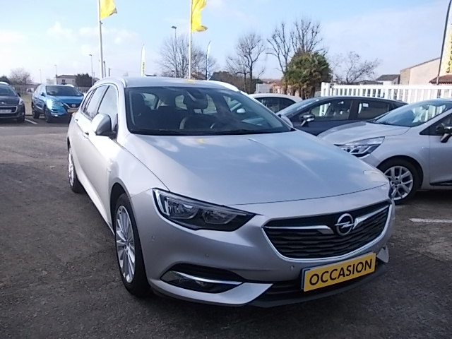 OPEL INSIGNIA SPORTS TOURER - 2.0 D 170 ch BlueInjection Elite