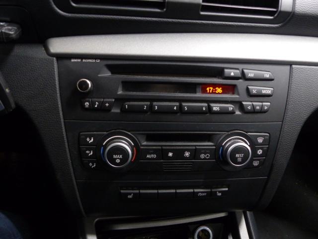 BMW SERIE 1 E81 2008 - Photo n°9
