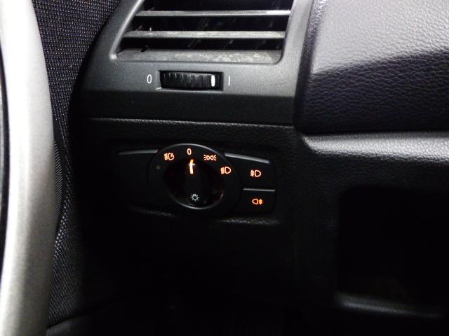 BMW SERIE 1 E81 2008 - Photo n°7