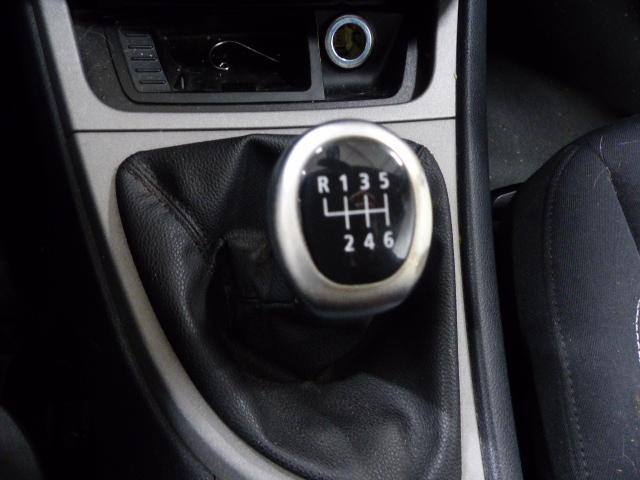 BMW SERIE 1 E81 2008 - Photo n°8