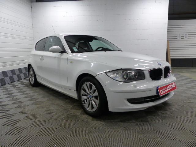 Photo du véhicule BMW SERIE 1 E81 118d 143 ch Excellis