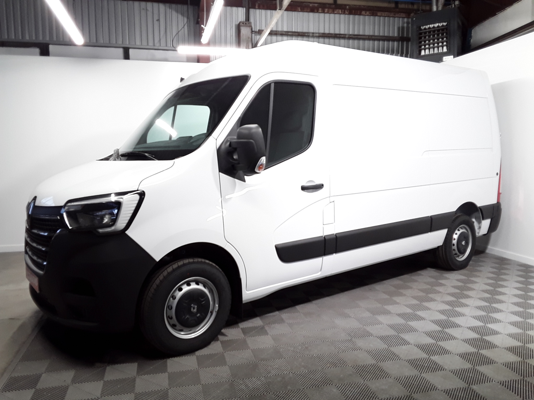 RENAULT MASTER FOURGON FGN TRAC F3500 L2H2 ENERGY DCI 150 GRAND CONFORT d'occasion