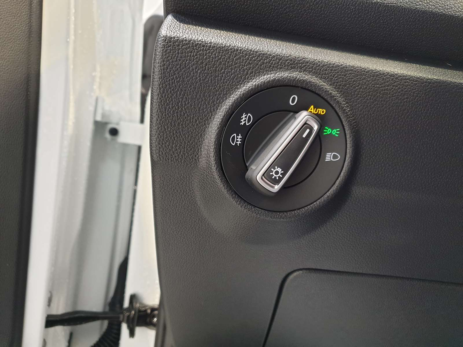 Miniature VOLKSWAGEN T-ROC 2.0 TDI 150 Lounge CAMERA