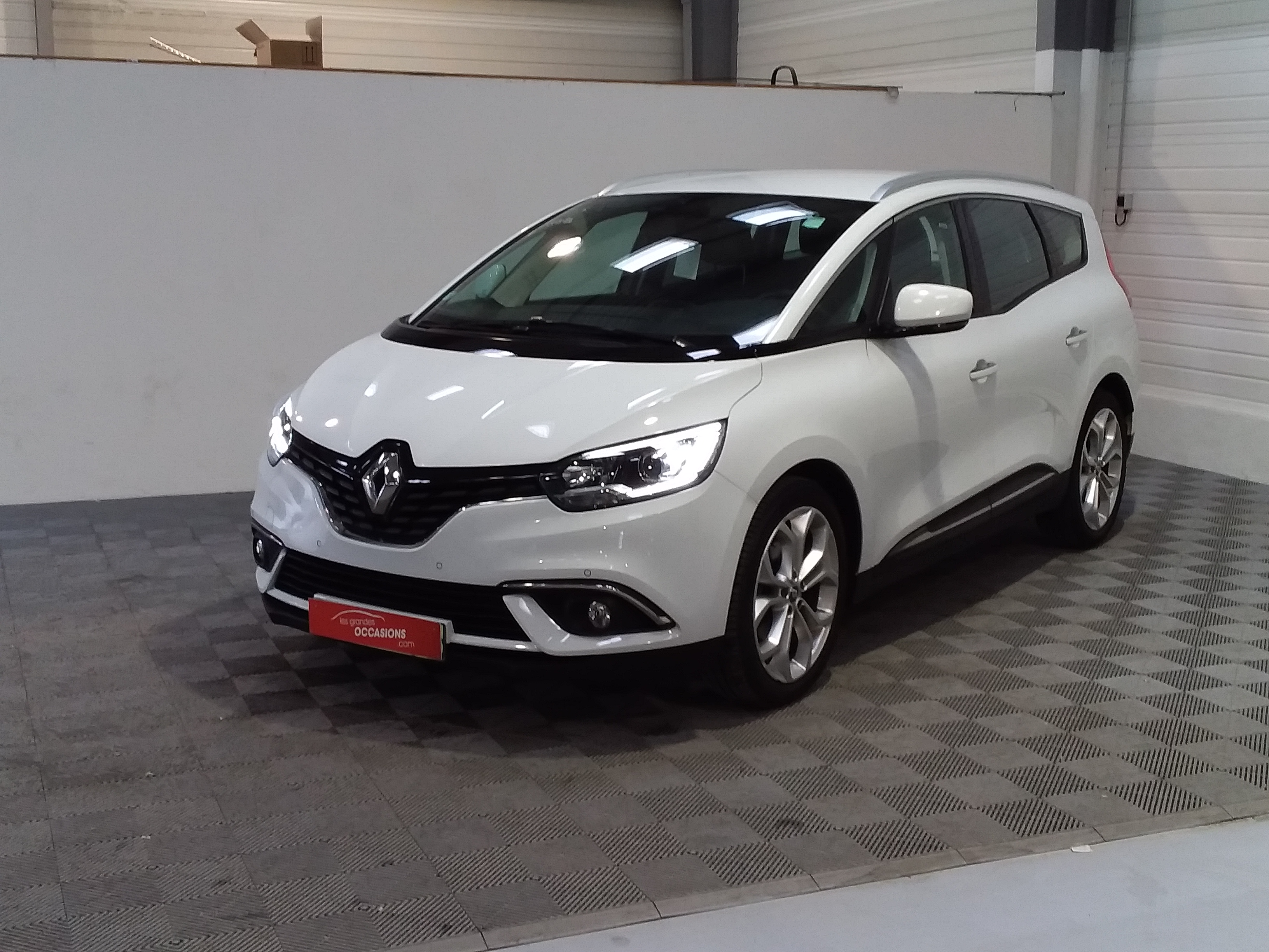 RENAULT GRAND SCENIC IV DCI 110 ENERGY BUSINESS 7 PL d'occasion