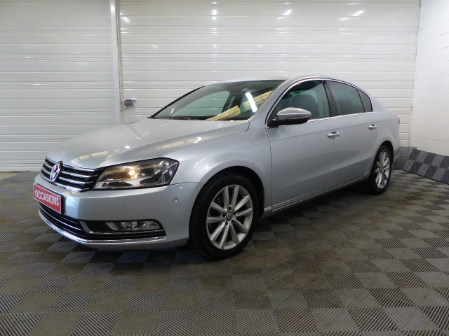 Photo du véhicule VOLKSWAGEN PASSAT 2.0 TDI 140 CR FAP BlueMotion Technology Confortline DSG6