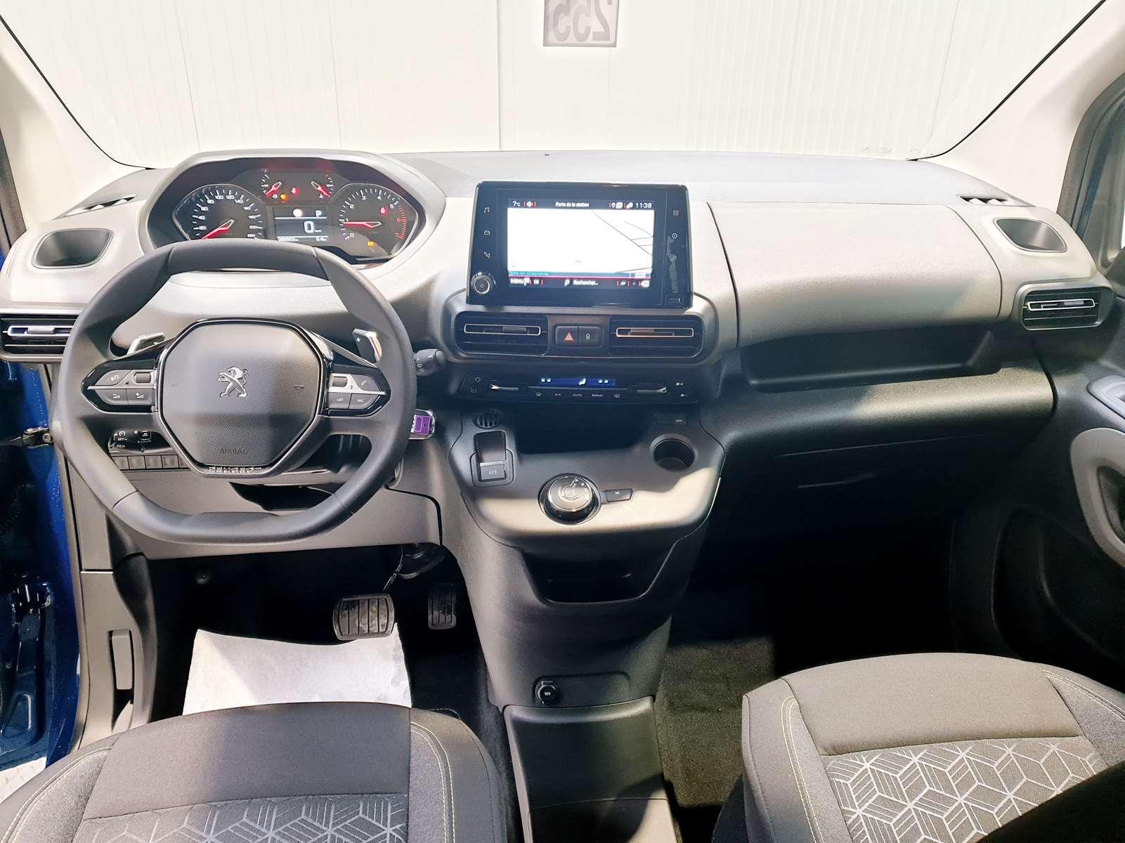 Miniature PEUGEOT RIFTER BlueHDi 130 S&S EAT8 Allure  GPS