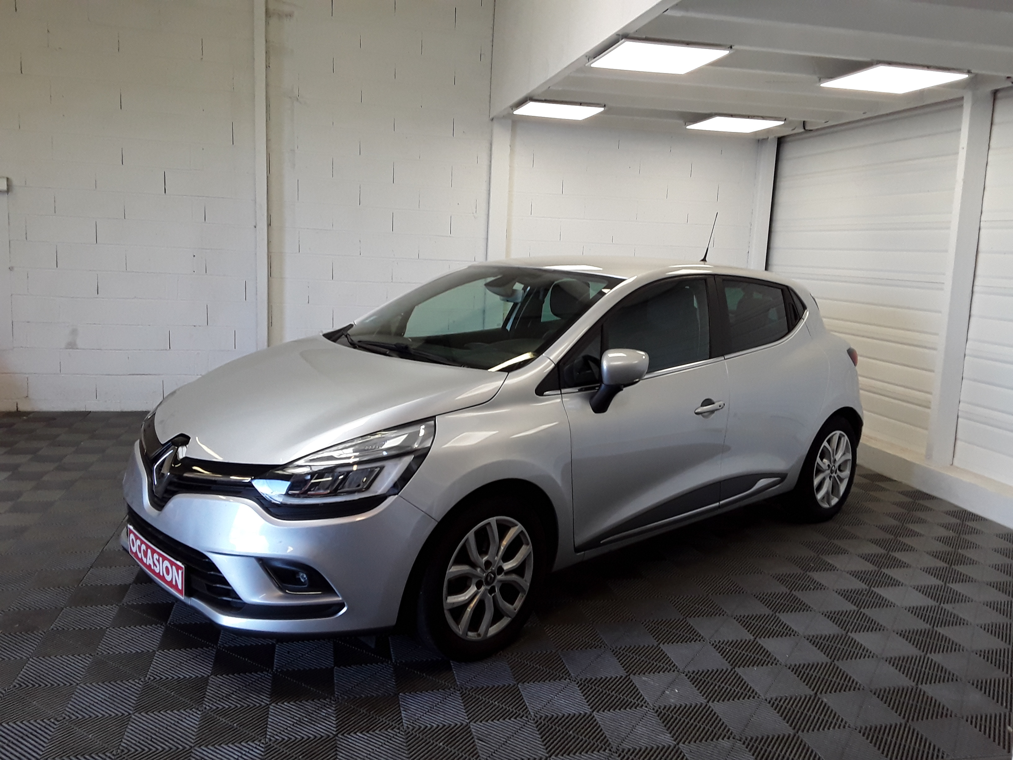 RENAULT CLIO IV INTENS ENERGY TCE 120 EDC d'occasion