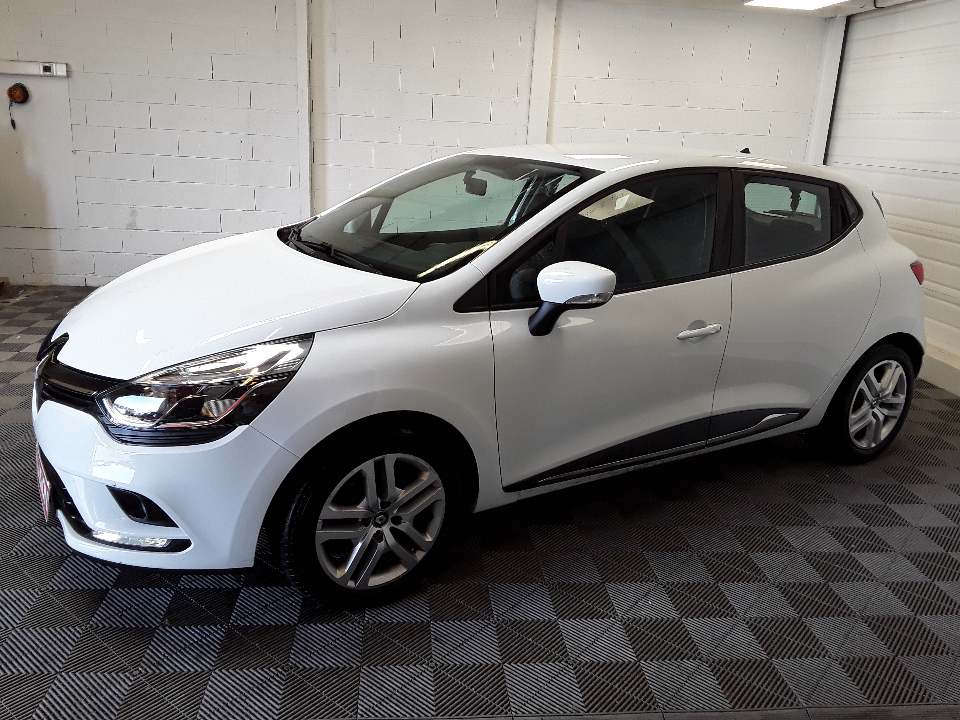 RENAULT CLIO IV DCI 90 ENERGY BUSINESS d'occasion