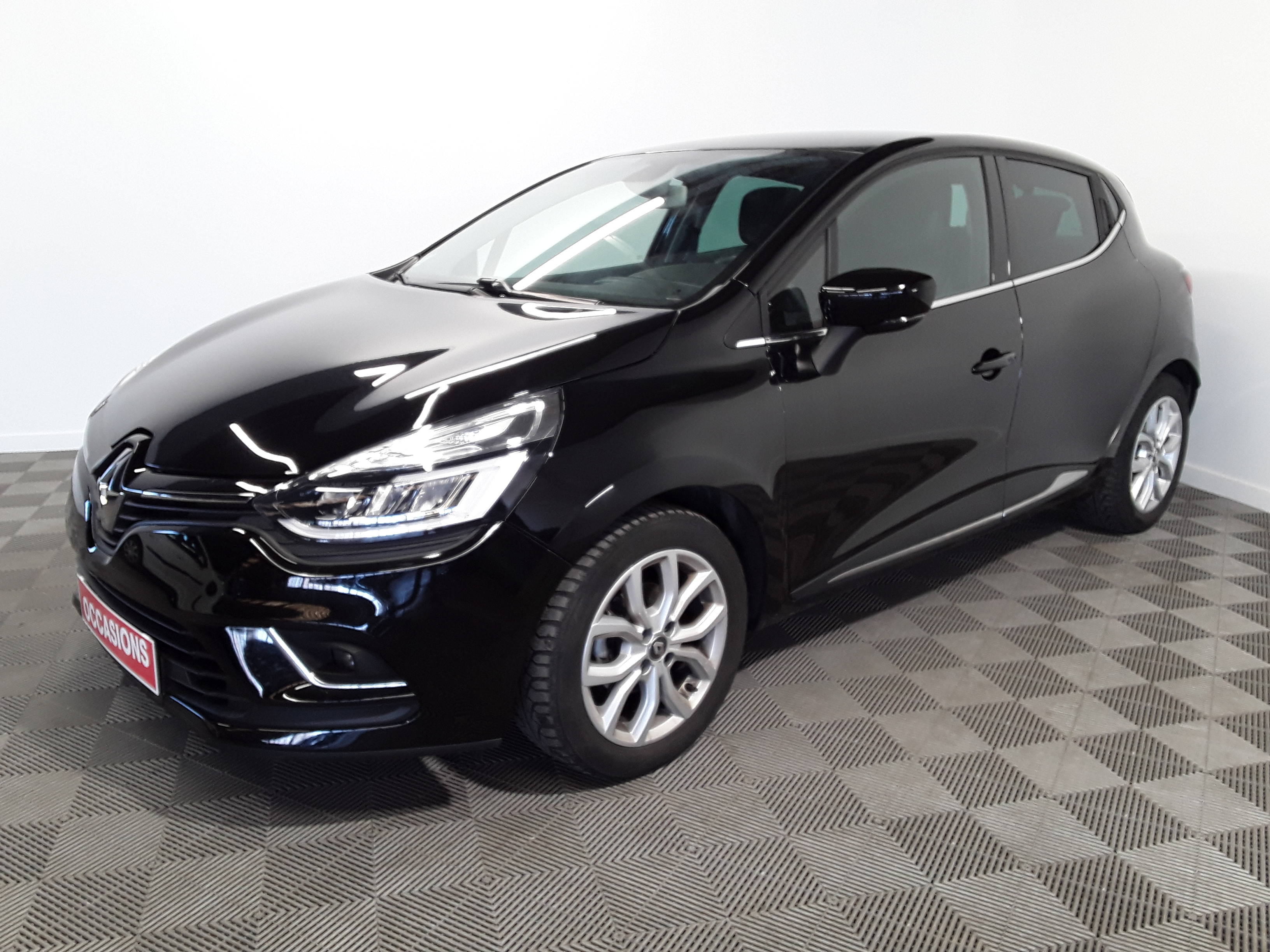 RENAULT CLIO IV dCi 90 Energy Intens d'occasion