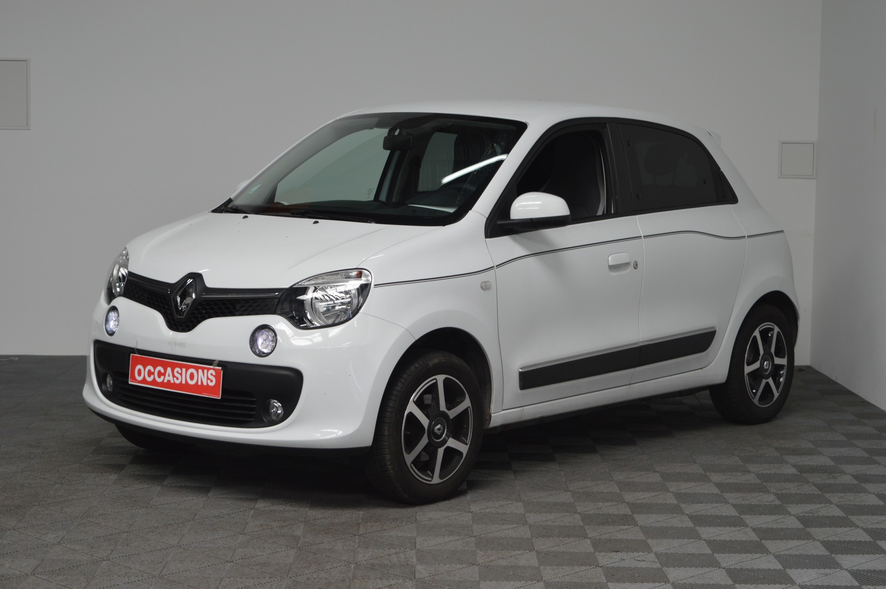 RENAULT TWINGO III 2019 à 9400 € - Photo n°1