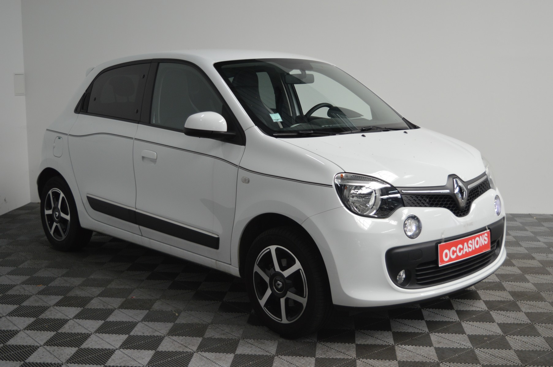 RENAULT TWINGO III 2019 à 9400 € - Photo n°2