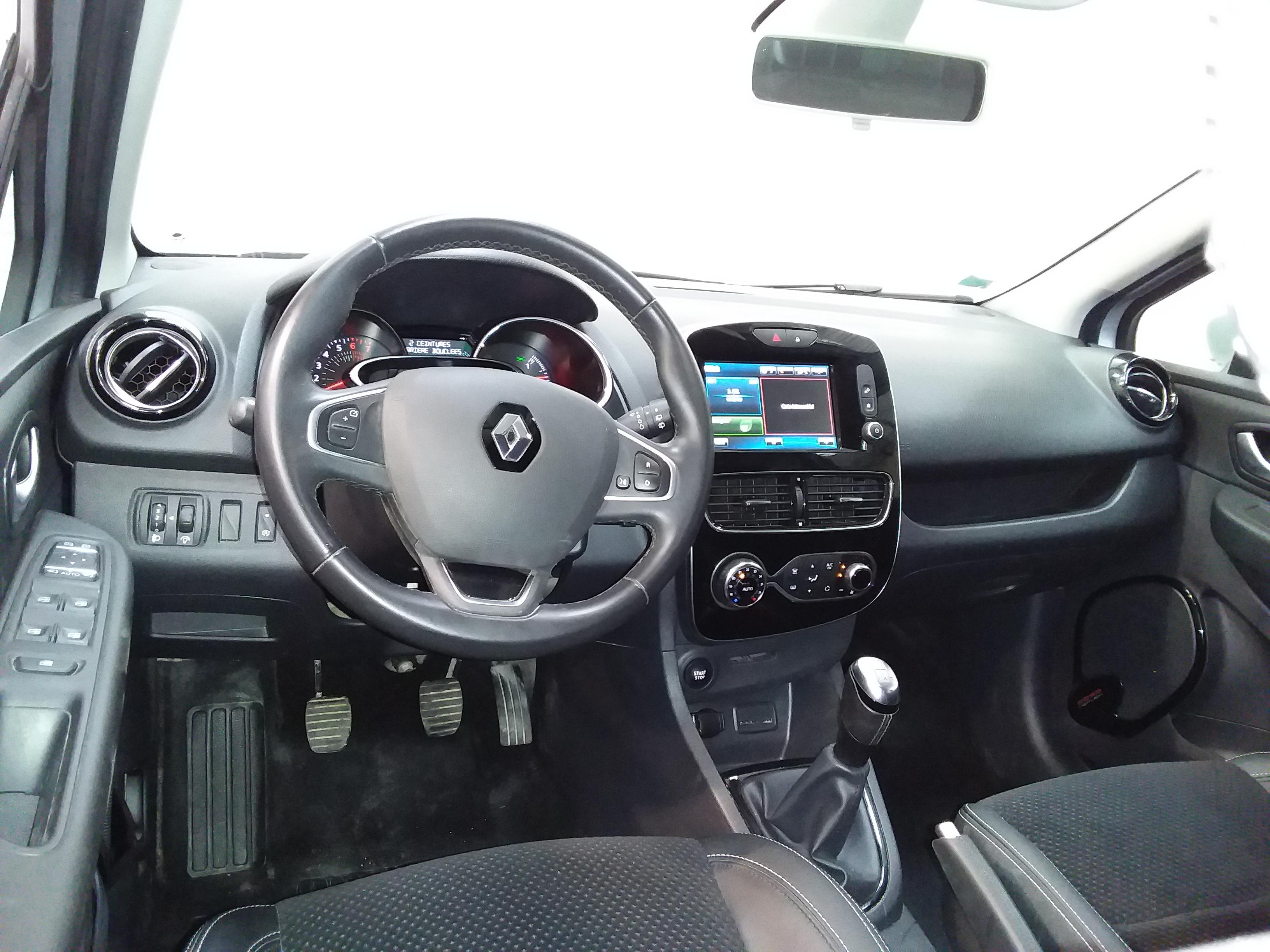 RENAULT CLIO IV 2018 - Photo n°10