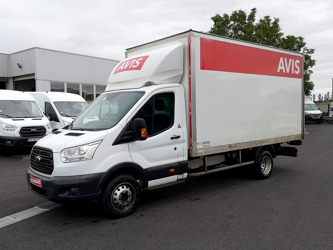 Photo du véhicule FORD TRANSIT CHASSIS CABINE T350 L4 2.2 TDCI 125 AMBIENTE