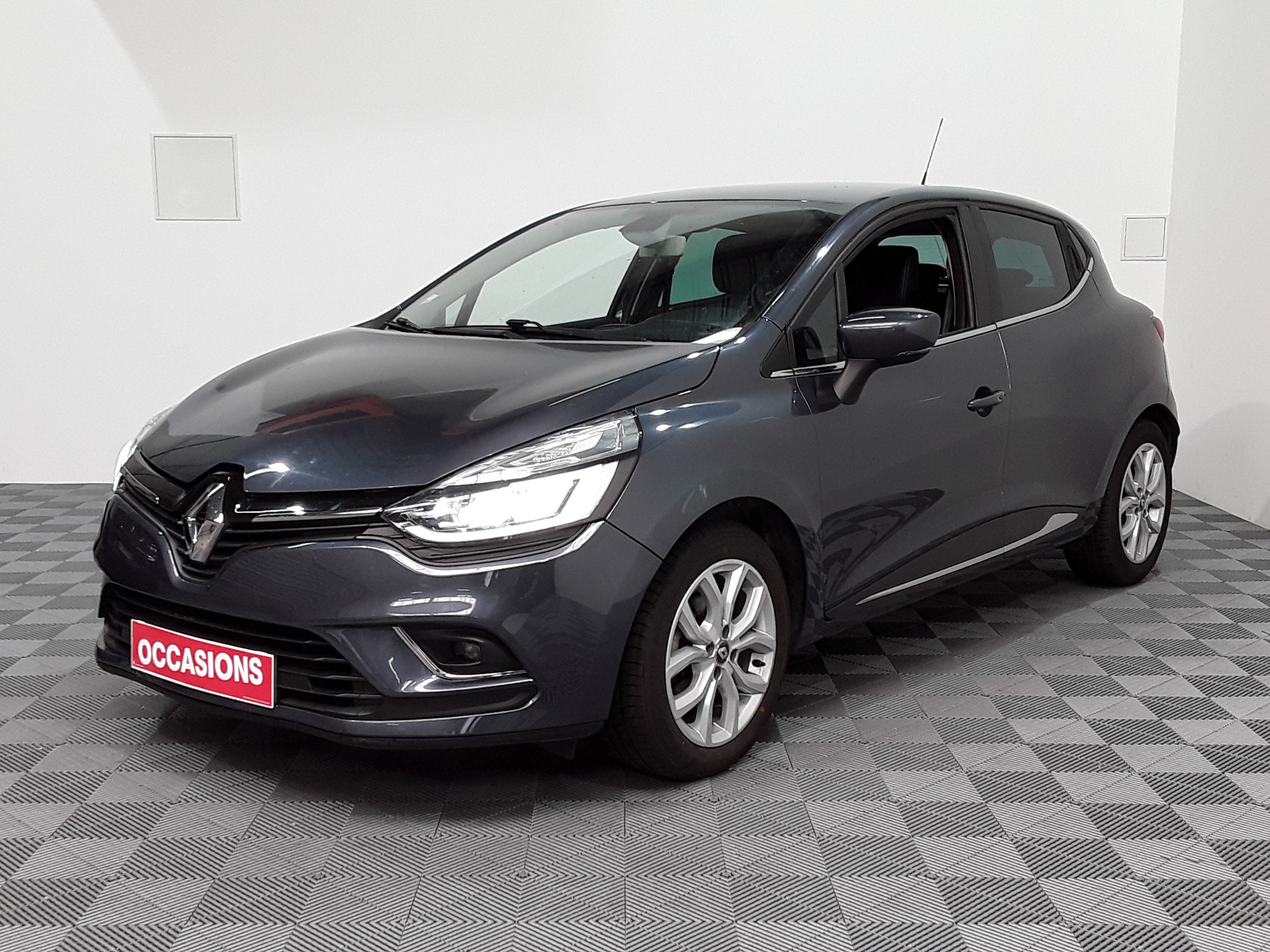 RENAULT CLIO IV TCe 90 E6C Intens d'occasion